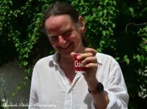 Alle Gäste genießen eine Kaffeeprobe! Kaffee aus den Bergen Kolumbiens!